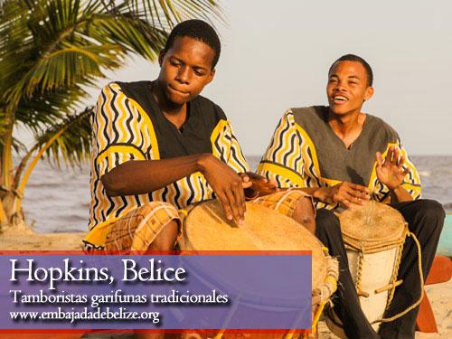 Tamboristas garifunas, turismo en el Sur Este de Belice